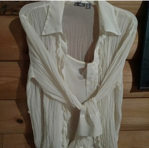 Cream flowy gauze too and camisole